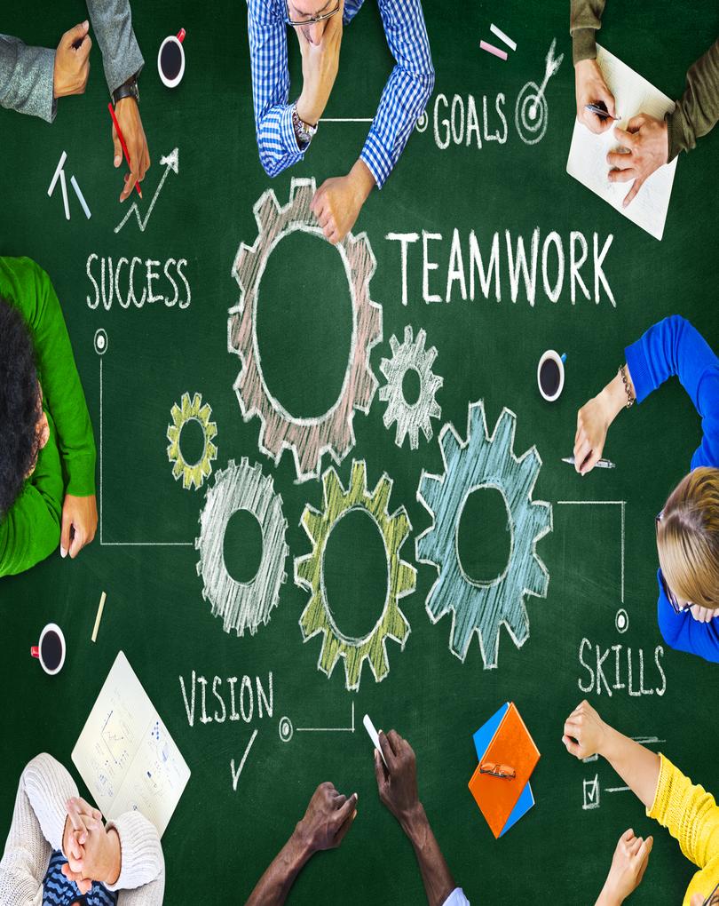 Teamwork_Gears_Table.png